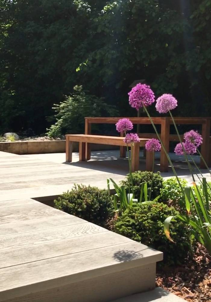 Minimal Deck Garden