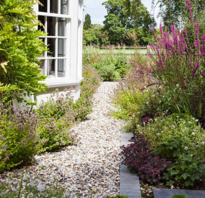 Contemporary English Country Garden
